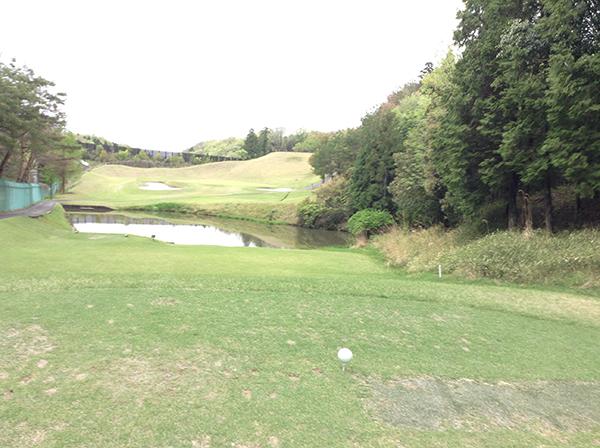 お金をかけずに安定してゴルフで100を切る方法。プロ・過去・現在を比較する